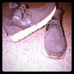 High Top Sneaker/ Hiking Shoe
